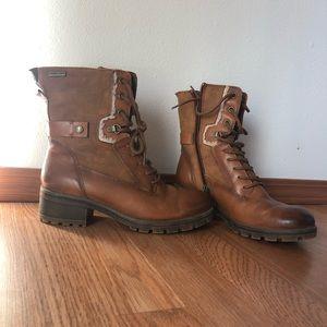 Tamaris lace up boots
